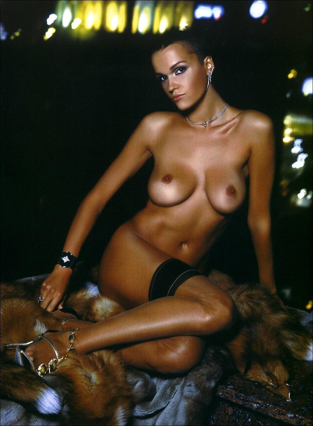russkie-znamenitosti-v-erotike